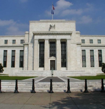 Larry Summers withdraws name from Fed consideration