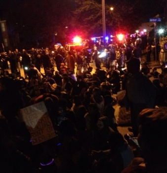 Houston Protesters Take The Streets #Ferguson #MikeBrown