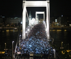 Hungary internet tax cancelled after mass protests