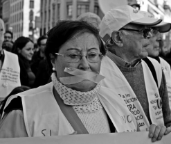 Spain's New 'Gag Law' Brings Thousands to the Streets in Several Cities