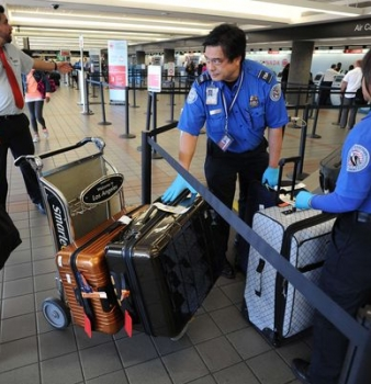 TSA union calls for armed guards at every checkpoint